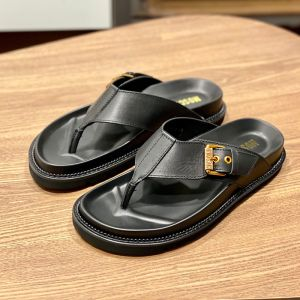 Moschino Buckled Strap Trong Slides Black