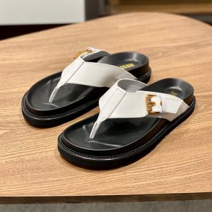 Moschino Buckled Strap Trong Slides White